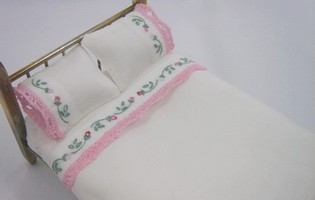 Dollhouse Miniature Bedding Embroidered Roses